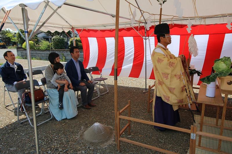 熊本・八代の地鎮祭2   熊本の地元工務店ファミリアホーム